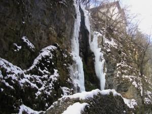 Cascata d'inverno
