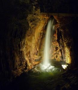 Cascata di Ernestina nelle Grotte di Bossea