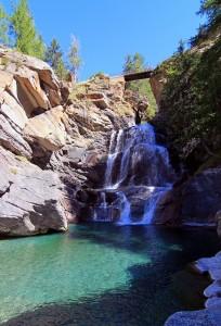 Il laghetto delle cascate di Lillaz