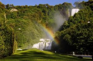 Arcobaleno sulla cascata