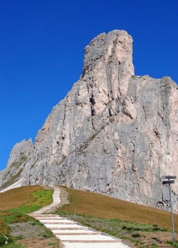 San Vito di Cadore - scalinata verso il Nuvolau