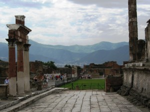 Fra gli scavi di Pompei