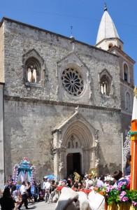 Il duomo di Larino (CB) durante la festa patronale di San Pardo