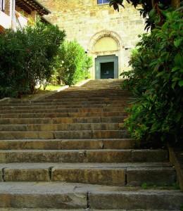 Su su fino alla Chiesa di San Francesco
