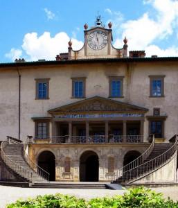Le scale  della Villa Medicea