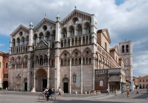 Tre cuspidi - Duomo di Ferrara