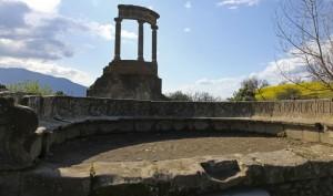 Negli scavi di Pompei