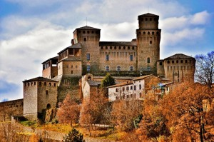 """""""Per non dimenticare il castello di Torrechiara"""""""