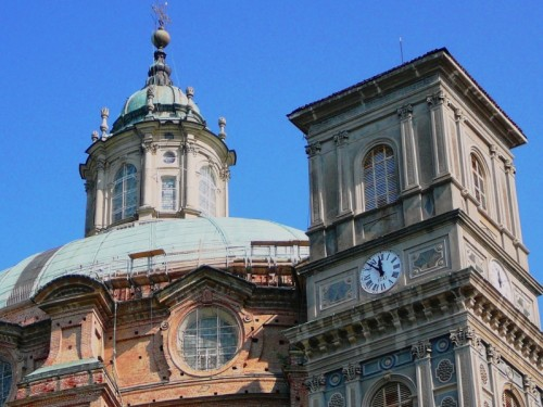 Vicoforte - Gli orologi del Santuario di Vicoforte.