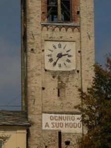 orologio del campanile della chiesa di Coazze