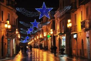 Stelle luminose di Natale sul Corso Umberto I