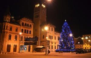 Piazza Risorgimento e l'albero Natalizio
