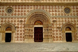 """Basilica Santa Maria di Collemaggio """" dopo il terremoto """""""