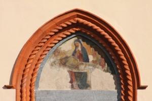 sulla porta sinistra del Duomo