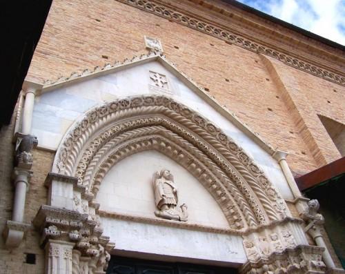 Città Sant'Angelo - San Michele e il drago