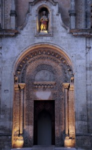 si accendono le luci per San Giovanni Battista a Matera