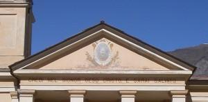 Pomaretto, il frontone del tempio Valdese
