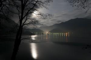 La luna nel lago di Ledro