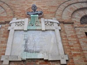 Luigi Mercantini poeta caro all'Italia  e carisso a Garibaldi
