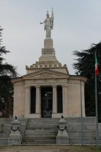Ossario di Montebello della Battaglia