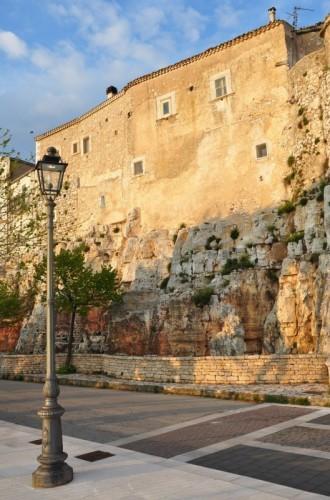 Rignano Garganico - Illuminerò le antiche case che spuntano dalle rocce