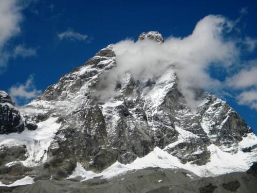 Valtournenche - Il Cervino tra le nuvole