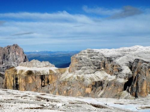Canazei - PIZ de CIAVAZES  (2831 m), visto dal Rifugio Maria al Sass Pordoi.