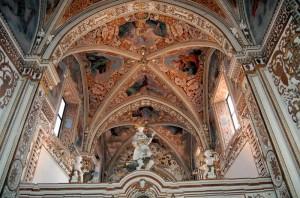 Chiesa della Certosa ad una sola navata in stile gotico