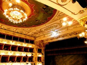 Teatro Regio di Parma  Via Garibaldi16/A