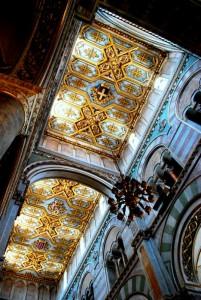 Stucchi ed oro nella Cattedrale di Altamura