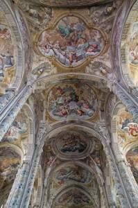 Navata centrale del Duomo di Asti