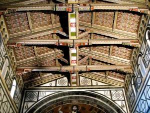 La navata centrale di San Miniato