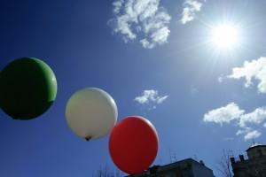 Il Tricolore, l'azzurro e il sole