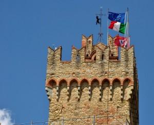 In compagnia sulla torre del Palazzo Comunale di Arezzo