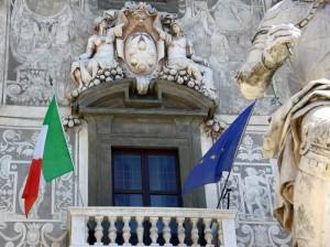Il Tricolore nel palazzo storico…