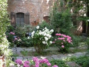 I giardini del Castello Borromeo.