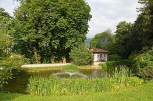 Parco della Burcina: laghetto e casino blu