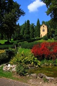 La chiesetta del parco