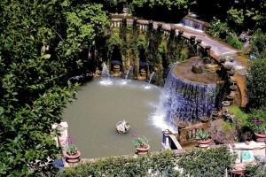 villa d'este -giardino con molta acqua