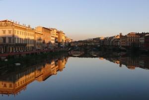 Ponte Santa Trinita e Lungarni
