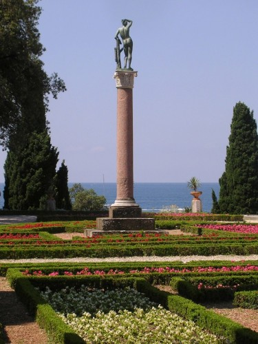 Trieste - ... e laggiù il mare ...