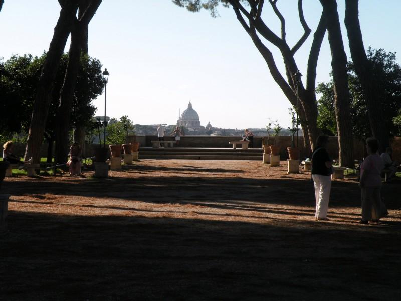 Flash sul mondo ... di tutto, di più: Roma :Parco Savello, il ...
