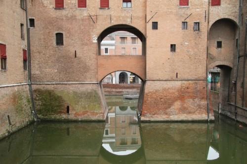 Ferrara - il tetto per riflesso