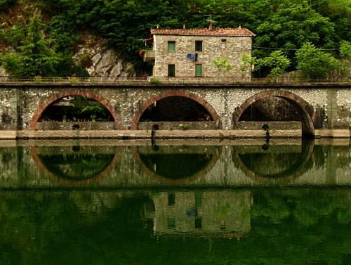 Borgo a Mozzano - Come un treno a vapore.