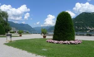 Lungo il Lago di Como
