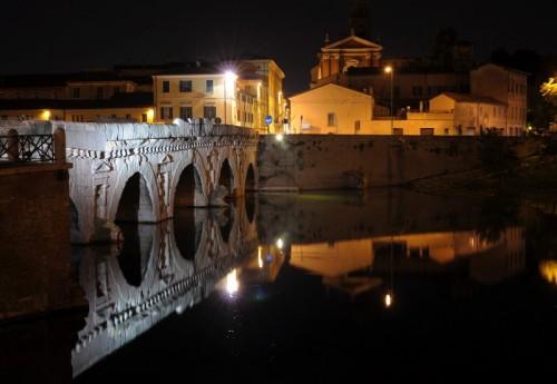 """Rimini - L'indistruttibile Ponte Tiberio """"del Diavolo"""""""