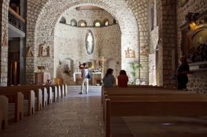 Interno della chiesa del Santuario francescano