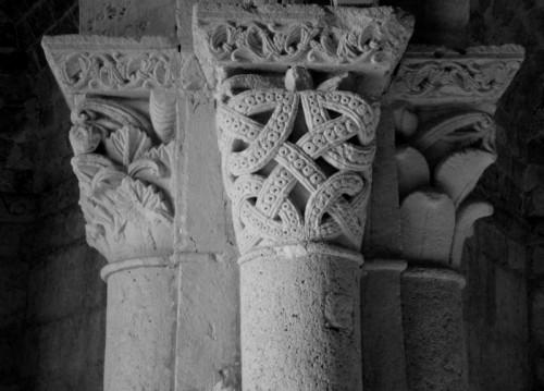 Montiglio Monferrato - Montiglio, capitello della chiesa di San Lorenzo