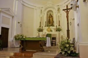 Altare della chiesa di San Nicola