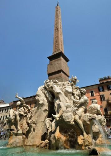 Roma - In mezzo alla fontana dei Quattro Fiumi